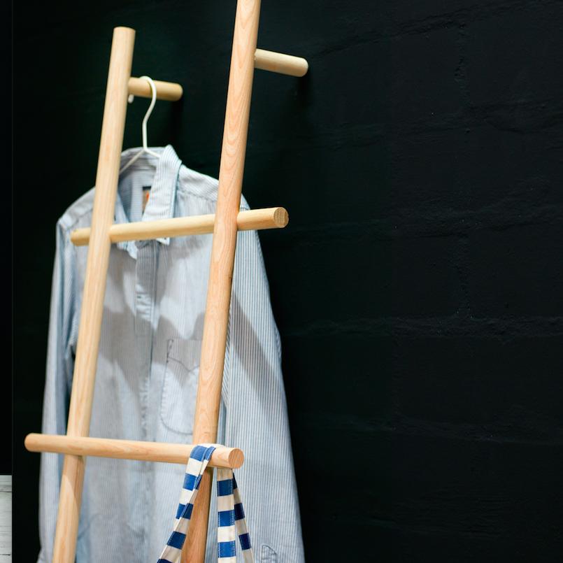 Garderobe Leiter loadah s garderoben leiter handtuchhalter esche natur 180 x 45 cm